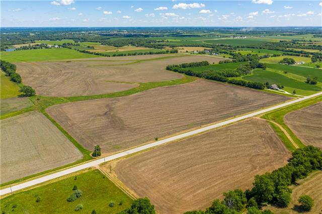 1035 E 2100 Road Property Photo - Eudora, KS real estate listing