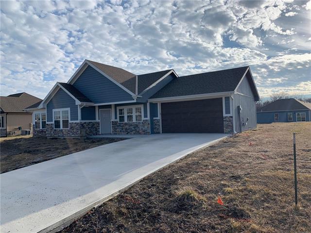 103 Shore Circle Property Photo - Plattsburg, MO real estate listing
