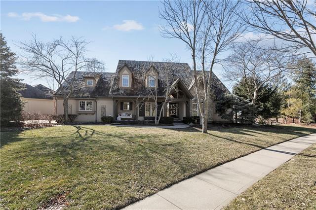1512 NE Woodland Shores Place Property Photo - Lee's Summit, MO real estate listing