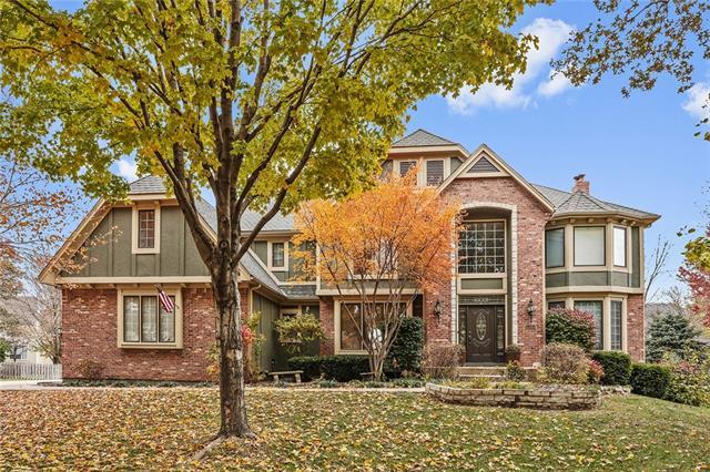 13013 Pawnee Street Property Photo - Leawood, KS real estate listing