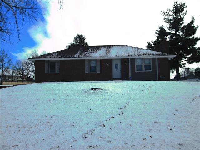 1003 Richmond Street Property Photo - Plattsburg, MO real estate listing