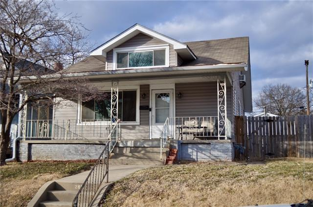 2813 Felix Street Property Photo - St Joseph, MO real estate listing