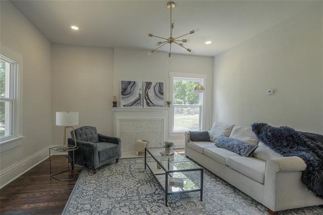 2600 Chestnut Avenue Property Photo