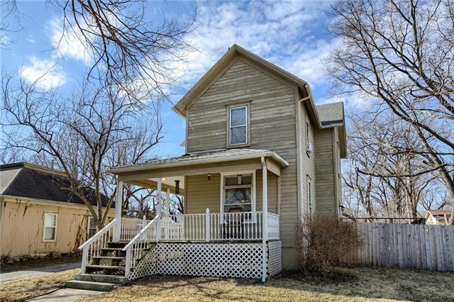 114 Locust Street Property Photo - Wellsville, KS real estate listing