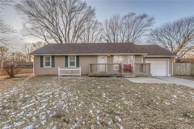 120 Hostetter Street Property Photo - Buckner, MO real estate listing