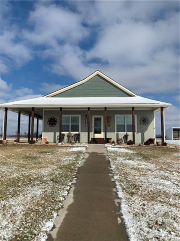 496 SW 601st Street Property Photo - Centerview, MO real estate listing