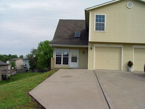 Clay Brooke Real Estate Listings Main Image