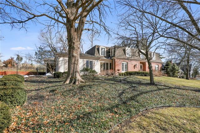 4 Wycklow Street Property Photo - Overland Park, KS real estate listing