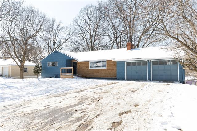 6200 Elm Avenue Property Photo