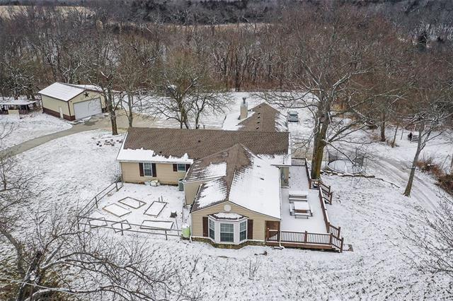 27585 W 83 Street Property Photo - Lenexa, KS real estate listing