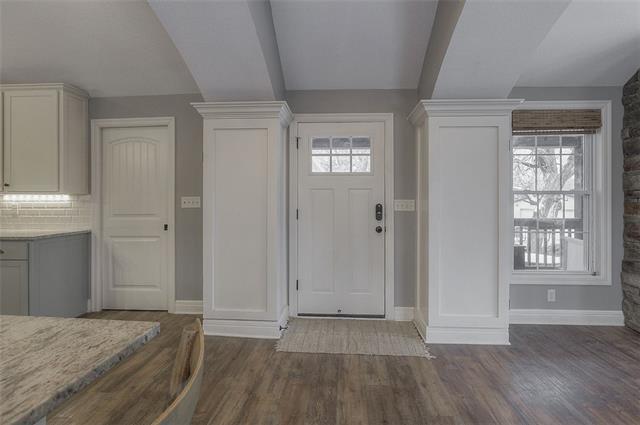 27585 W 83 Street Property Photo 12