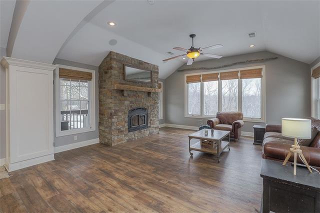 27585 W 83 Street Property Photo 14