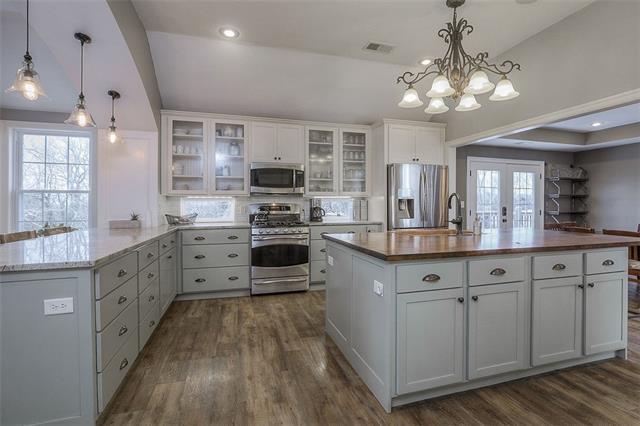27585 W 83 Street Property Photo 22