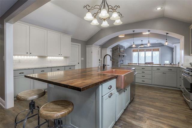 27585 W 83 Street Property Photo 24