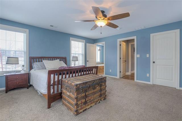 27585 W 83 Street Property Photo 32
