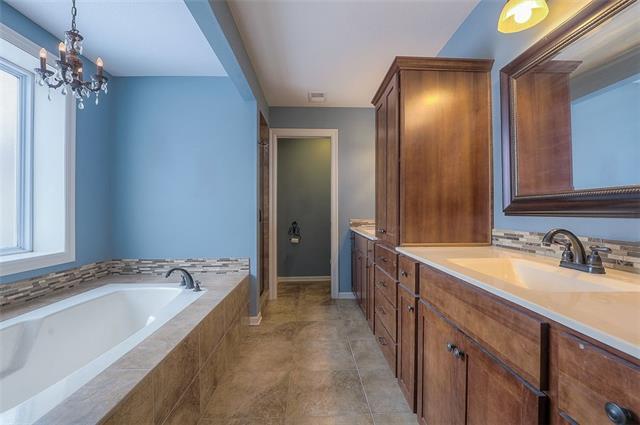 27585 W 83 Street Property Photo 34