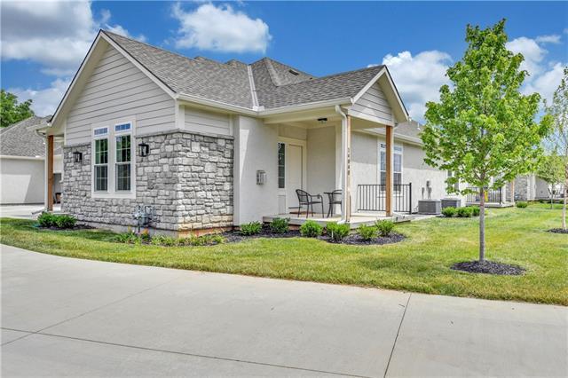 13820 W 112th Terrace Property Photo - Olathe, KS real estate listing