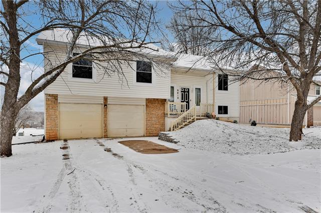 6810 E 143rd Street Property Photo - Grandview, MO real estate listing