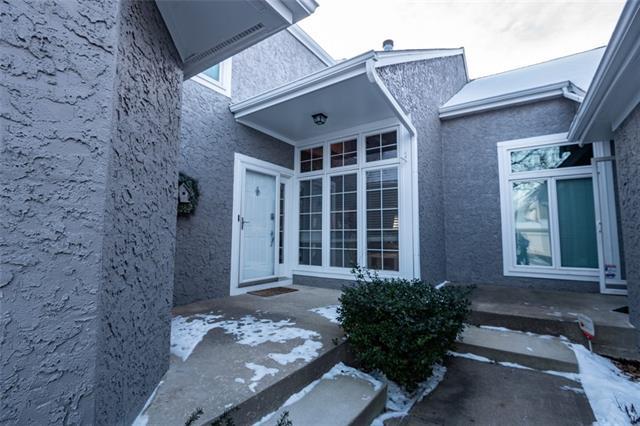 6721 W 126th Street Property Photo