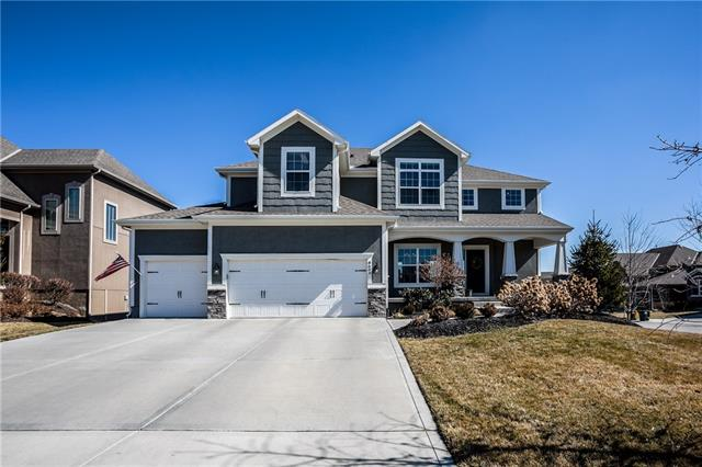 8609 W 165th Place Property Photo - Overland Park, KS real estate listing