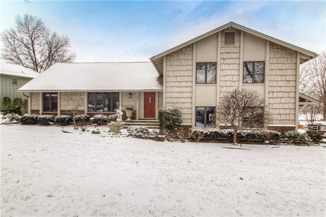 902 Bird Street Property Photo - Harrisonville, MO real estate listing
