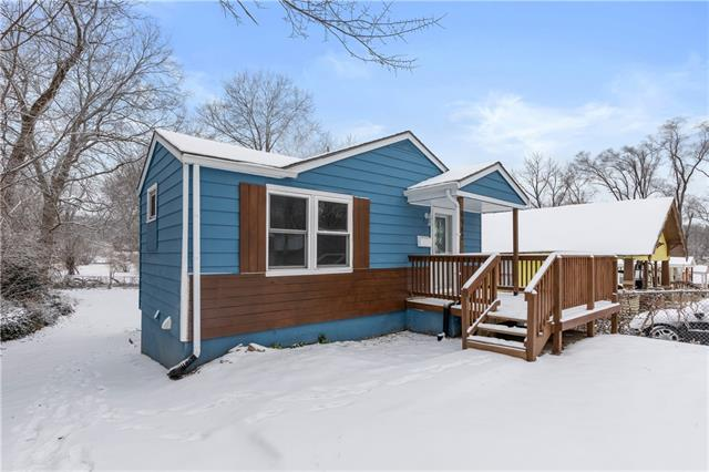 6942 College Avenue Property Photo - Kansas City, MO real estate listing