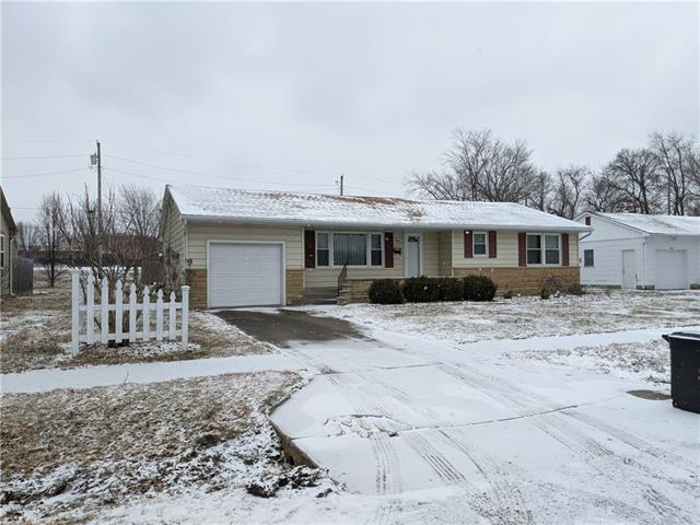1011 S Kirkpatrick Street Property Photo - El Dorado Springs, MO real estate listing