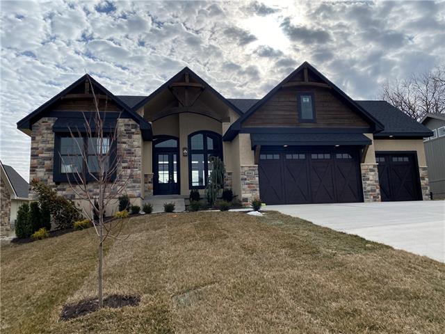 22525 W 87th Terrace Property Photo - Lenexa, KS real estate listing