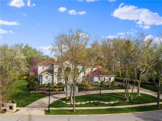 11705 Aberdeen Road Property Photo - Leawood, KS real estate listing