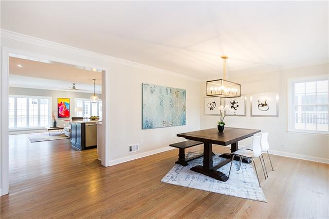 5732 Maple Street Property Photo - Mission, KS real estate listing
