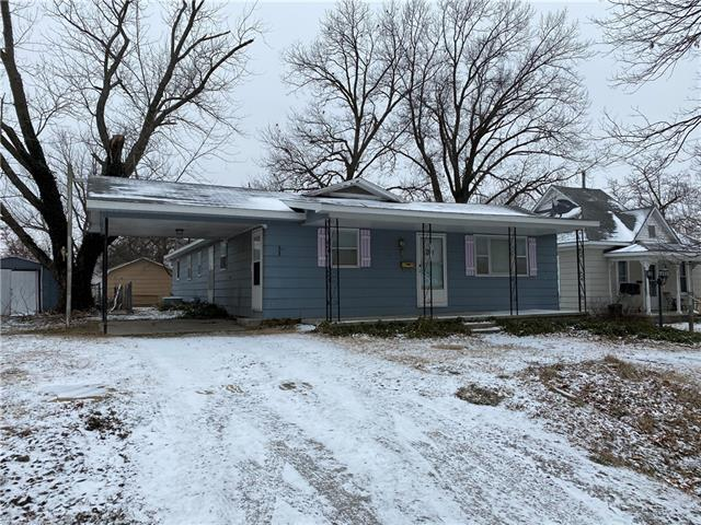210 N Kirkpatrick Street Property Photo - El Dorado Springs, MO real estate listing