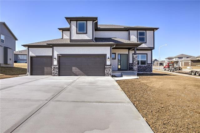 10204 N Smalley Avenue Property Photo - Kansas City, MO real estate listing