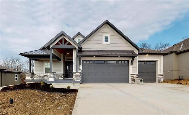 7603 NE 102nd Street Property Photo - Kansas City, MO real estate listing