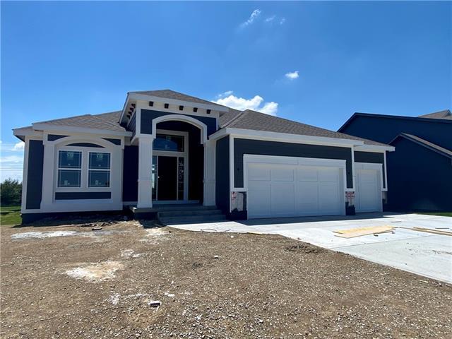 4807 NE 104th Street Property Photo - Kansas City, MO real estate listing