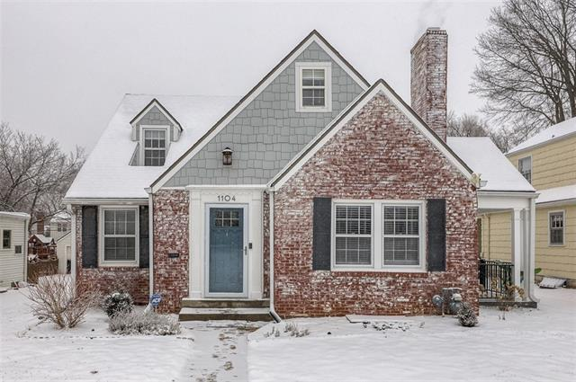 1104 W 77 Street Property Photo