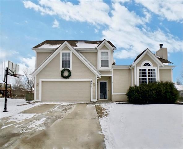 21517 W 50th Street Property Photo - Shawnee, KS real estate listing