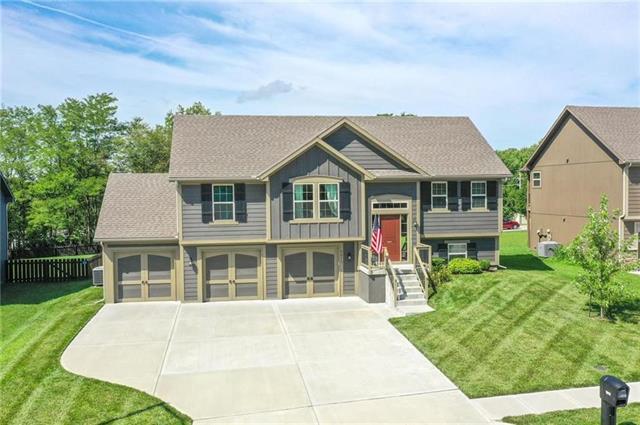 9013 NE 107th Terrace Property Photo - Kansas City, MO real estate listing