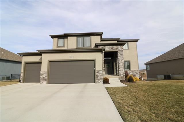 1223 Rich Boulevard Property Photo - Warrensburg, MO real estate listing