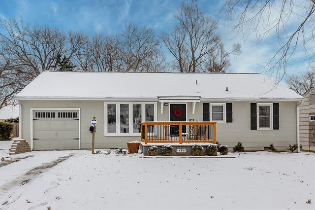 8225 Cherry Street Property Photo