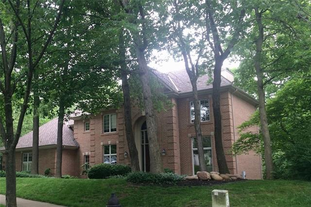 4520 N Mulberry Drive Property Photo - Kansas City, MO real estate listing