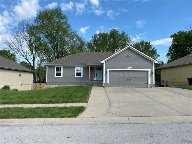 19302 E LYNCHBURG Place Property Photo - Independence, MO real estate listing