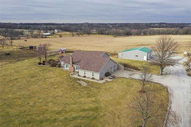 5190 W 215th Street Property Photo - Bucyrus, KS real estate listing