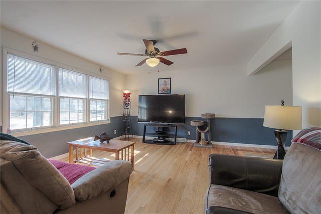 6812 E 136th Street Property Photo - Grandview, MO real estate listing