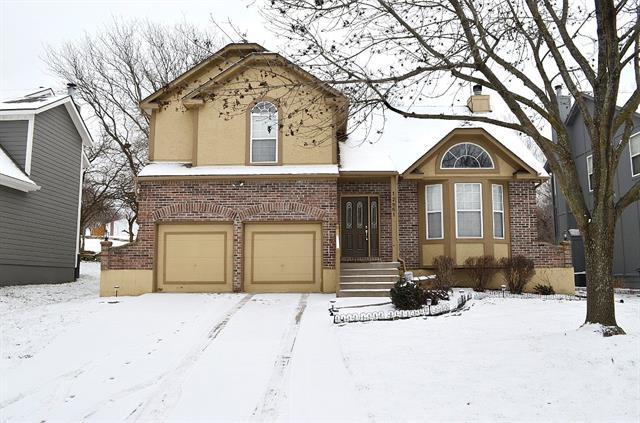 Bradford Falls Real Estate Listings Main Image
