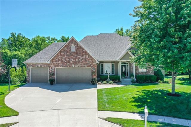 9541 N Myrtle Court Property Photo - Kansas City, MO real estate listing