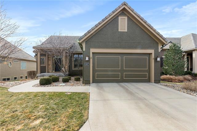 5217 W 124th Terrace Property Photo - Overland Park, KS real estate listing