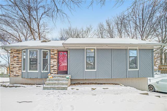 8601 Linda Lane Property Photo