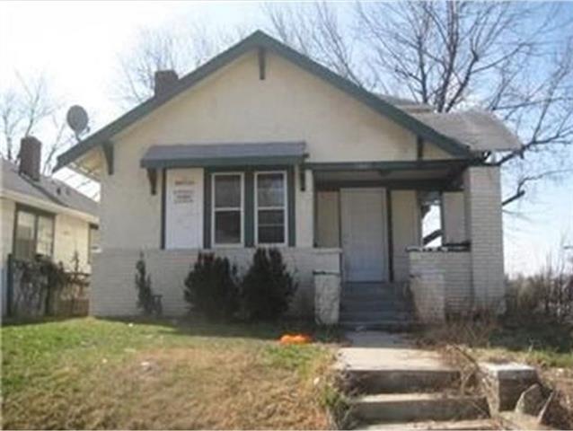 3801 E 39th Street Property Photo