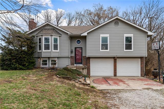 7817 SE Ricker Lane Property Photo - Holt, MO real estate listing