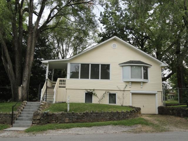 715 Garfield Street Property Photo